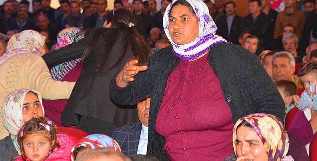 4. Ermenek'te Tapu Dağıtan Bakanlara Protesto
