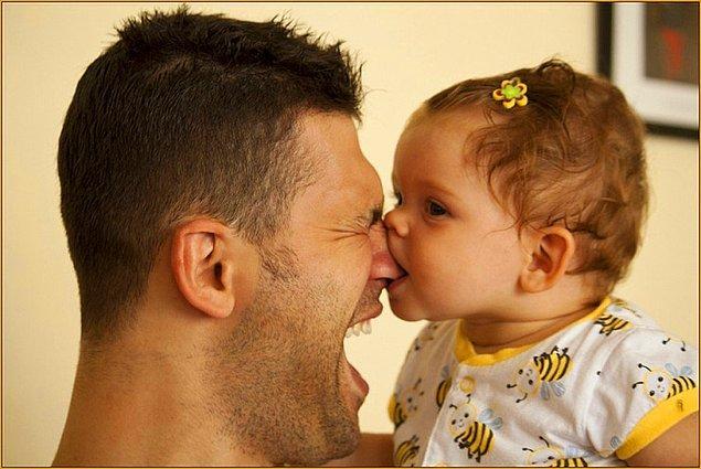 3. Babasının prensesi olarak büyüyemedikleri için, sevdikleri her adamda babalarını ararlar.
