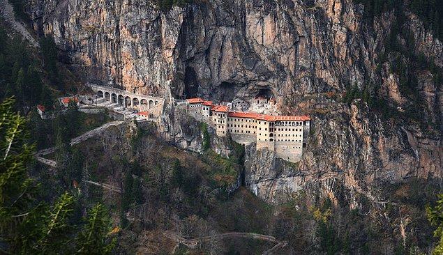 11. Sümela Manastırı