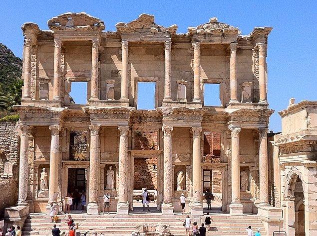 13. Efes Antik Kenti