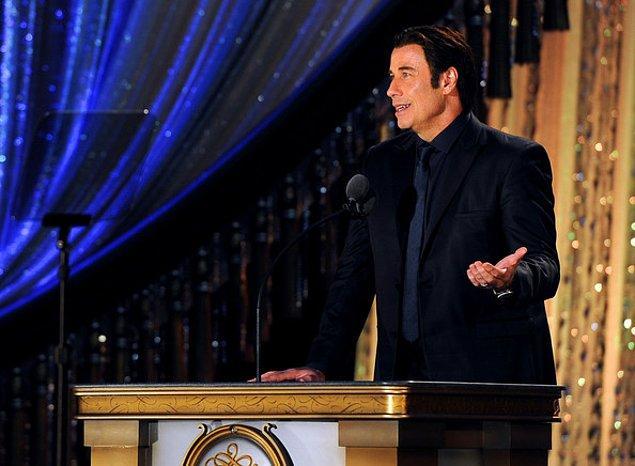 21. John Travolta da bir Scientolojist