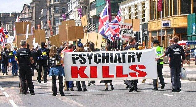 22. Scientology üyeleri: 'Psikiyatri öldürür'