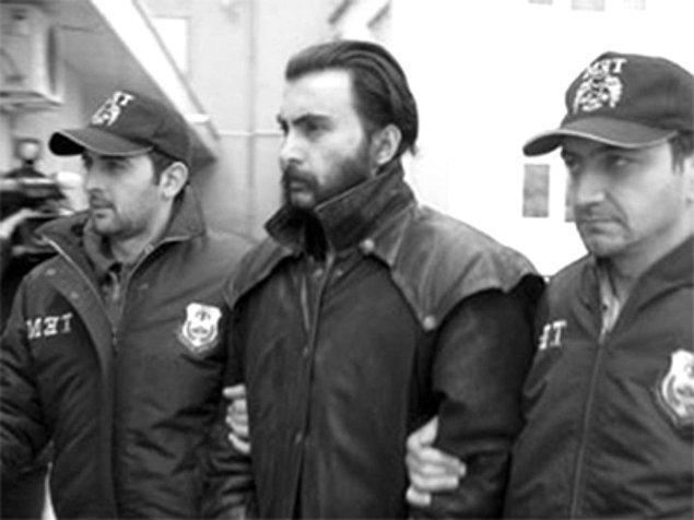 27. Scientology'ye mensup bir Türk olan İhsan Göktaş, yapıdan kurtulmak için Türkiye'ye yerleşen bir isim.