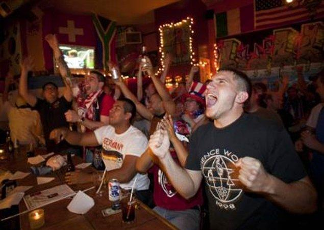 6. Futbol heyecanına ortak olamamak.