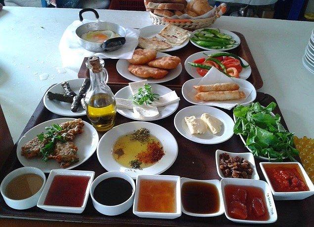 13. Ege'nin Nefis Köy Kahvaltısı