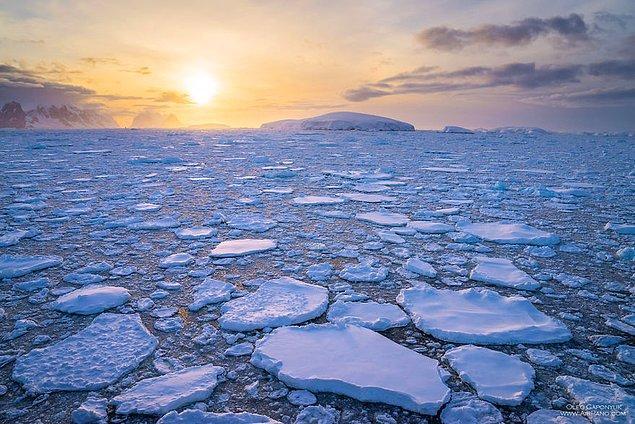 6. Antarktika'daki buz kütleleri 24 milyon km³'lük hacmi ile yeryüzündeki bütün buzların yüzde 92'sini oluşturuyor