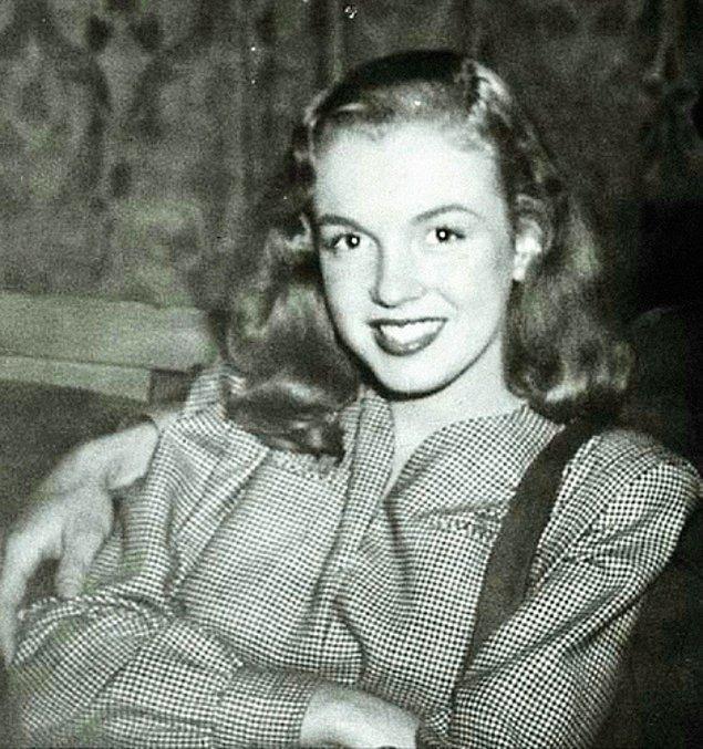 5. İsmini Marilyn Monroe Olarak 20 Yaşındayken Değiştirdi.