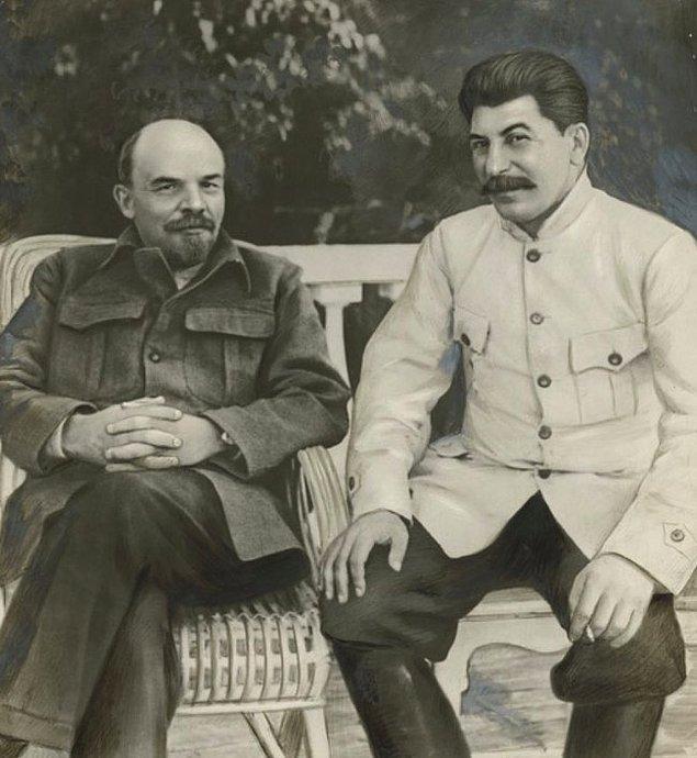12. Lenin ve Stalin, 1922