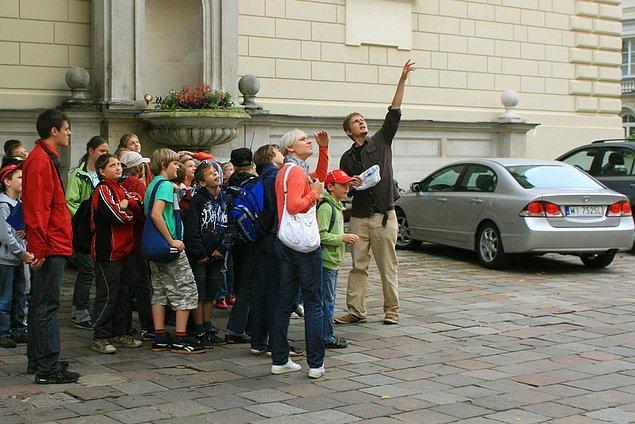 7. Varşova Turist Ofisleri…