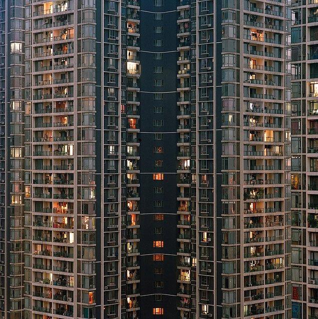 2. Çongçing, Çin'in güney batısında 30 milyondan fazla yaşayanıyla dev nüfusa sahip antik bir kenttir.