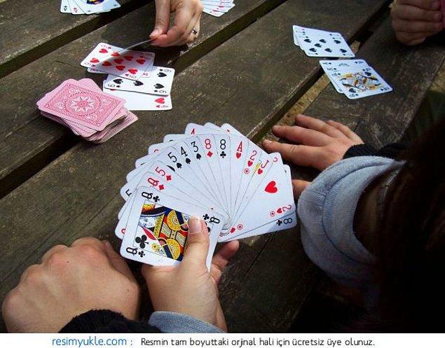 2. İstersen bir el beraber oynayalım aşkım bi izle sen