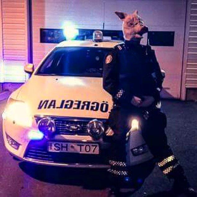 5. 'Cadılar Bayramı' da ayrı bir olay, Reykjavik Polis Departmanı için...