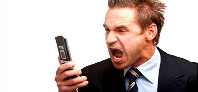 5. Mesajı atalı 10 dakika olmadı; aldatıldığını düşünmek için daha çok delile  ihtiyacın var