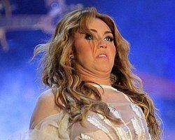 1.Miley Cyrus