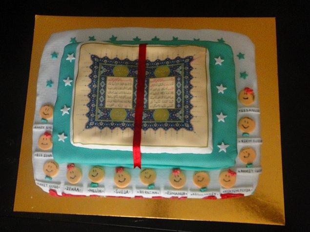 5. Vatandaştan Kuran-ı Kerim şeklinde pasta