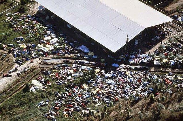 1. Jonestown toplu katliamının havadan bir görüntüsü.