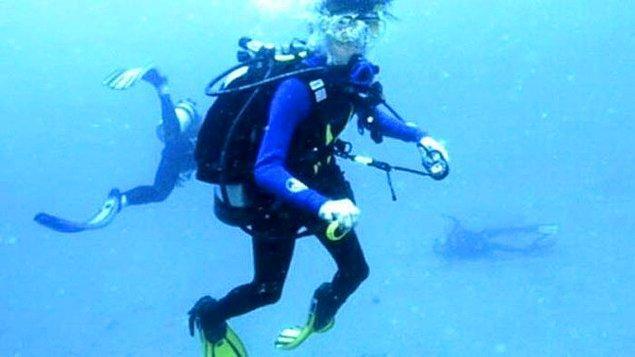 20. Avustralya'da bir dalgıç tarafından kazara çekilen bu fotoğrafta, Balayında tüple dalış yaptıktan sonra kocası tarafından öldürülen Tina Watson'ın bedeni bulunmakta.
