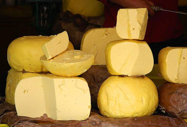 6. Etini sevdiyseniz sıradaki lezzet;Yak Peyniri.