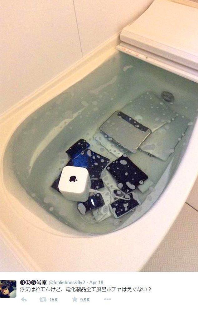 Burada varılması gereken sonuç; eğer kız arkadaşınızı aldatmaya kalkarsanız teknolojik cihazlarınızın güvenli bir yerde olduğundan emin olun:)