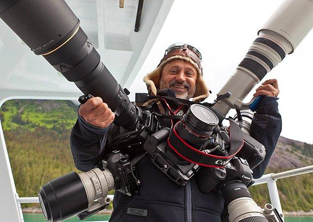1. Bazen elinin altında ne kadar kamera ve lens varsa, bunları taşıman ve kullanman gerekebilir.