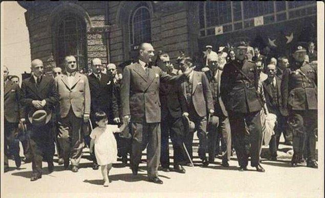 Ulu Önder Mustafa Kemal Atatürk'ün dünya çocuklarına armağan ettiği 23 Nisan Ulusal Egemenlik ve Çocuk Bayramımız kutlu olsun.