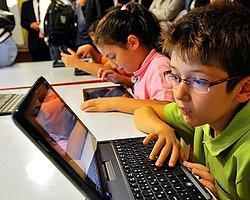 İnternet Çağında Çocuk Olmanın Dayanılmaz Ağırlığı | Aydan Özsoy | Al Jazeera Turk