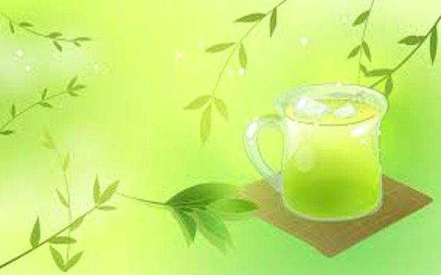 2. Bitki Çaylarını Yanlış Bir Şekilde Tüketmek