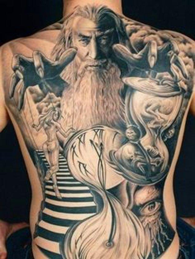 9. Gri Gandalf