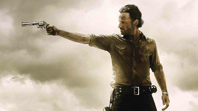33. The Walking Dead   (2010– )   IMDB / 8,7