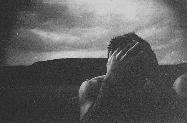 15. Öyle ki, gerçek yaşam ile yüz yüze geldikleri zaman, hayallerinden kopmak zorunda olmanın acısını çekerler.