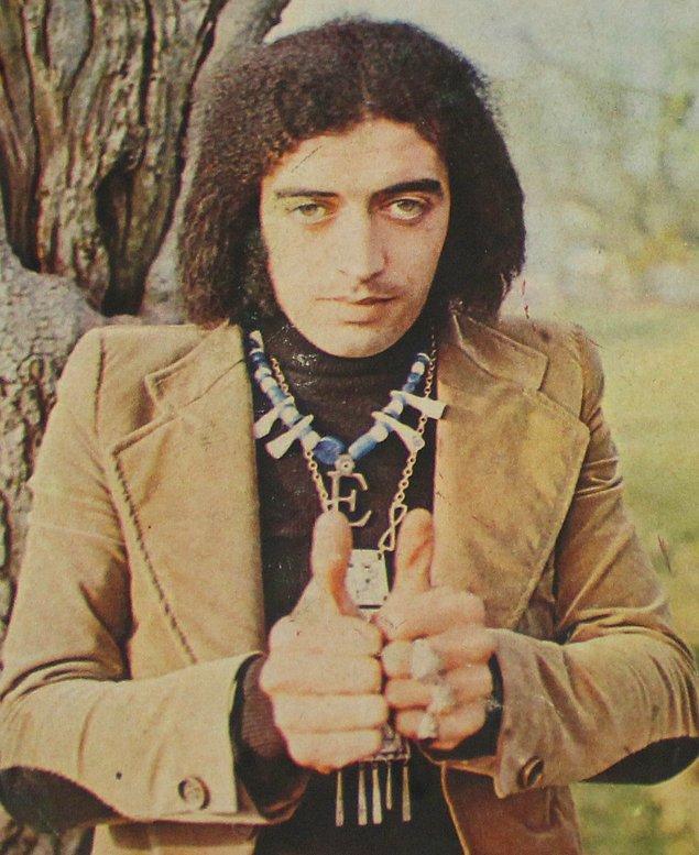 34. Edip Akbayram