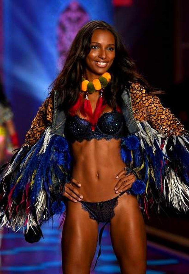 4. Jasmine Tookes - Amerika