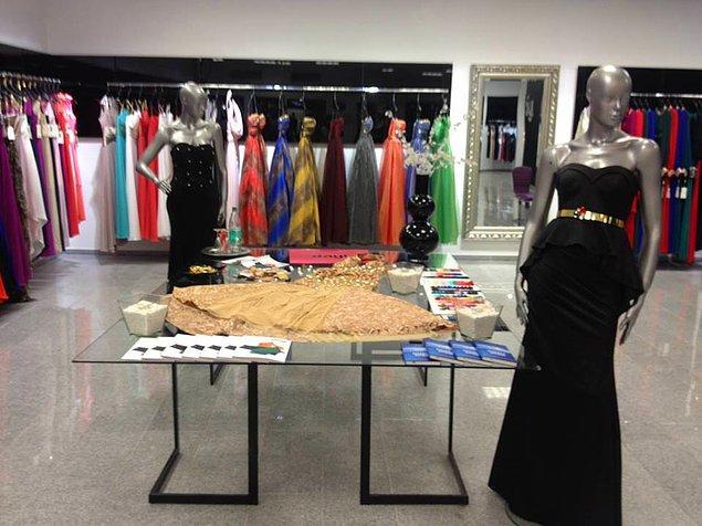 7. Merak etme bu elbise yıkayınca açılır, daralır, uzar, kısalır, ütülenir, katlanır ve dolabına girer.