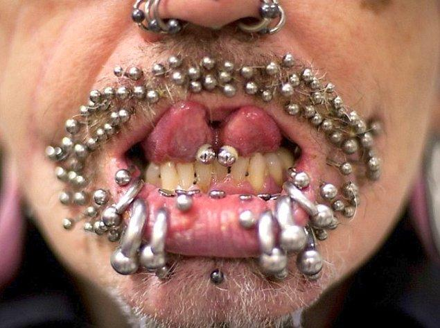 18. Ekstrem piercing