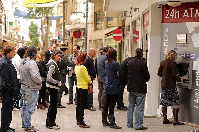 2. Bankamatik/ Banka Kuyruğunda Beklemek