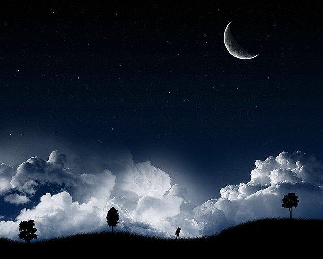 """5. """"İnsanlar matbaayı keşfettiğinden beri, geceler tamamen karanlık değildir."""""""