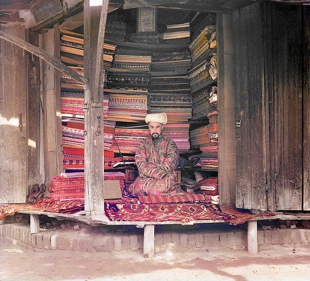 21. Semerkant'da bir kumaş taciri  (1905-1915)