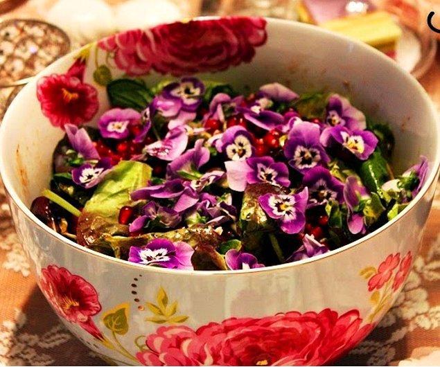 10. Yenilebilir çiçekler artık çok moda!