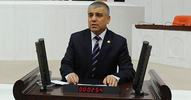 'AKP'li başkanlar birbirleriyle yarışmaya başladı'