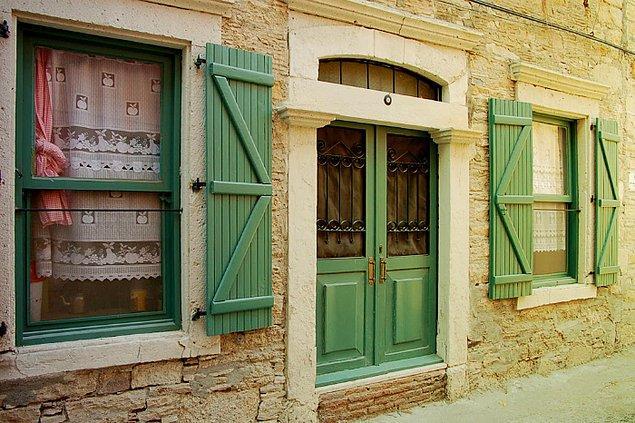 15. Eski Rum evleri