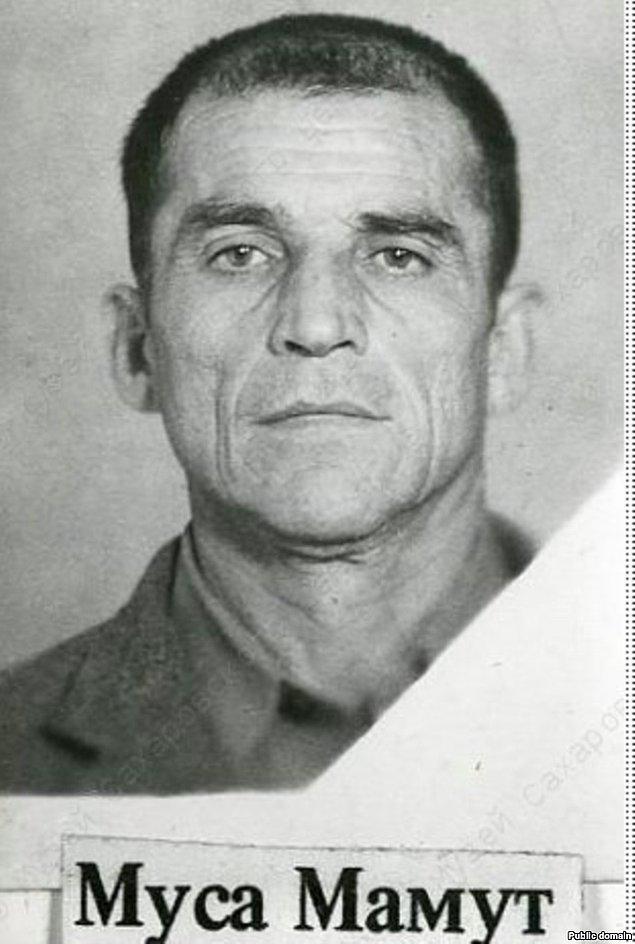 9-23 Haziran 1978'de Kırım Tatarlarının Ebedî Meşalesi olarak bilinen Musa Mahmut vatanına dönüp yerleşmek istediğinde, Kırım'daki Sovyet yönetimi kendisini ve ailesini Kırım'dan zorla çıkarmak istedi. Musa Mahmut bunun üzerine kendisini yaktı ve 28 Haziran'da hayatını kaybetti.