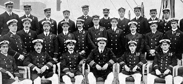 Bunun sebebi de 30'un üzerinde Titanik mühendisi insanların gemiden kaçabilmesi için gemiyi çalışır halde tutmuş ve kendi hayatlarını feda etmişlerdir.