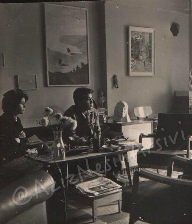 23. SSCB'de Nazım Hikmet'in evinde. Meral Çelen'le.1965.