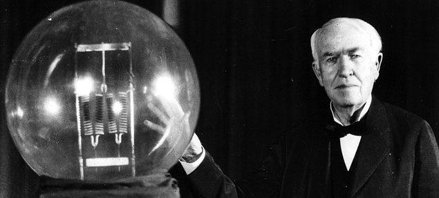8. Cesaret de bir nevi mucitliktir. Thomas Edison nelerin ampul olarak çalışmayacağını anlayana kadar 10.000 adet test yapmış.