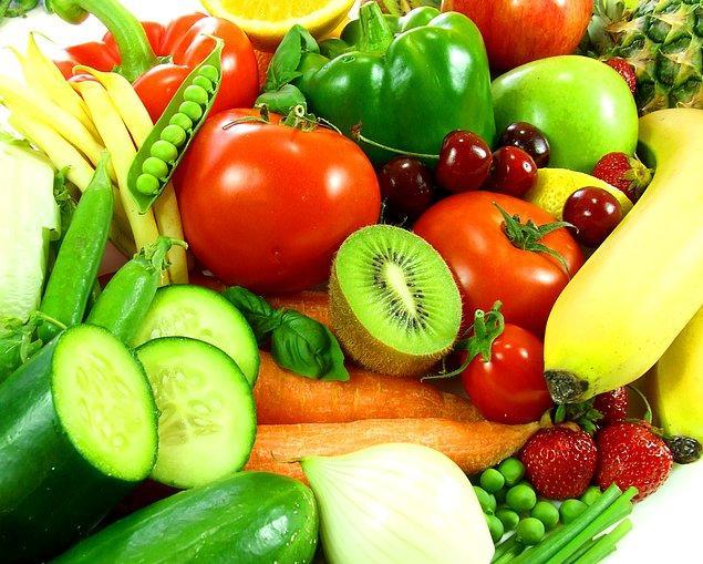 17. Kola'nın sudan daha ucuz, taze meyve sebzenin deli gibi pahalı olduğunu görünce yadırgamayın.