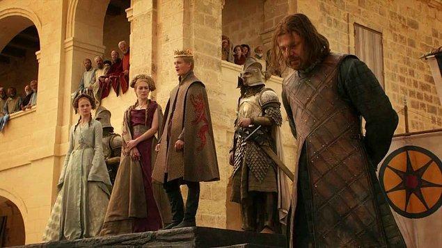 Lord Eddard Stark: Buraya, Tanrıların ve Sizlerin Huzurunda İhanetimi İtiraf Etmeye Geldim.