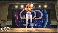 İnanılmaz Tatlı Kızdan İnanılmaz Elektro Dans