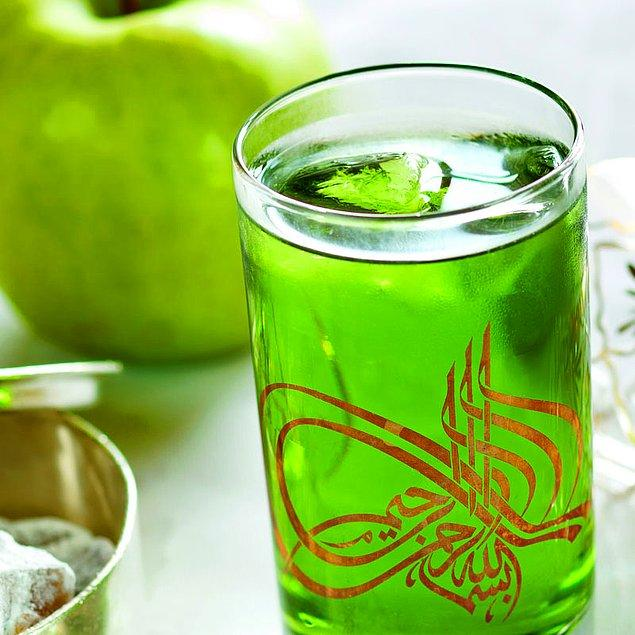 1. Elma Şerbeti