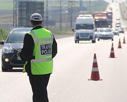 Türkiye genelinde son 10 yılda alkollü araç kullanan bir milyon 149 bin 965 sürücünün ehliyeti alındı.