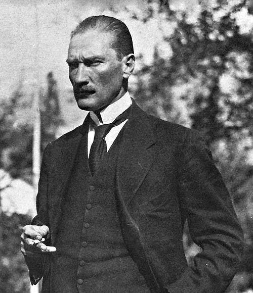 Atatürk ne kadar bir asker, ...